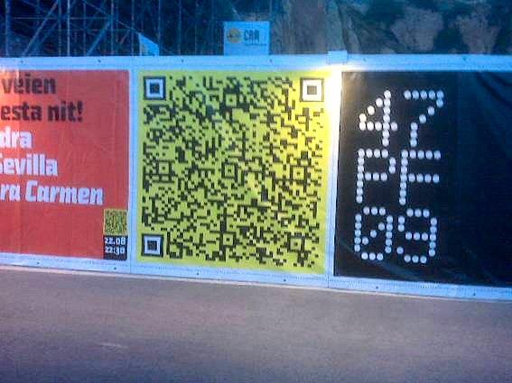 Pancarta de gran formato con QR Code